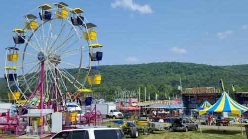 Warren County Fair rides